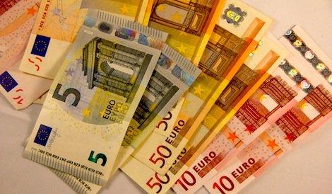 Bargeld: Kreditsumme und Laufzeiten